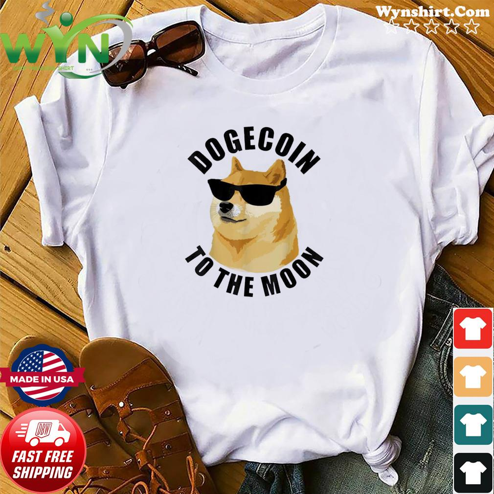 Dogecoin To The Moon Crypto HODL Cryptocurrency Classic T-Shirts